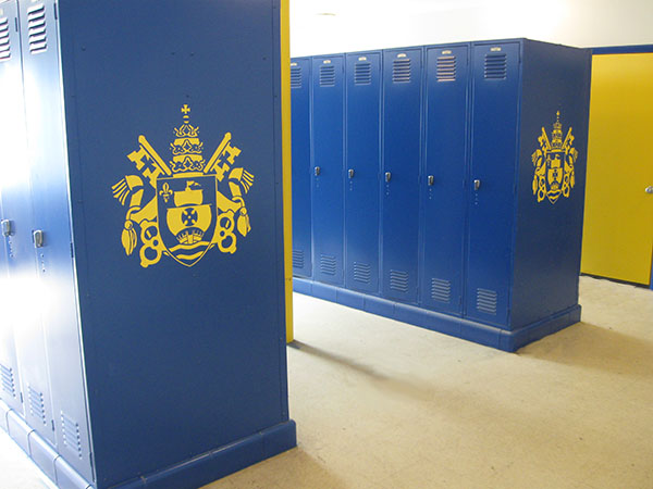 sign lockers2